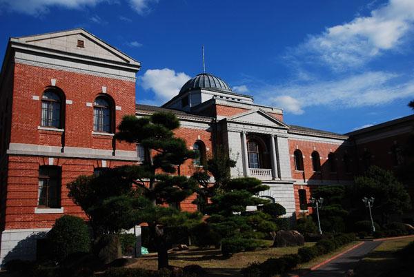 旧呉鎮守府庁舎