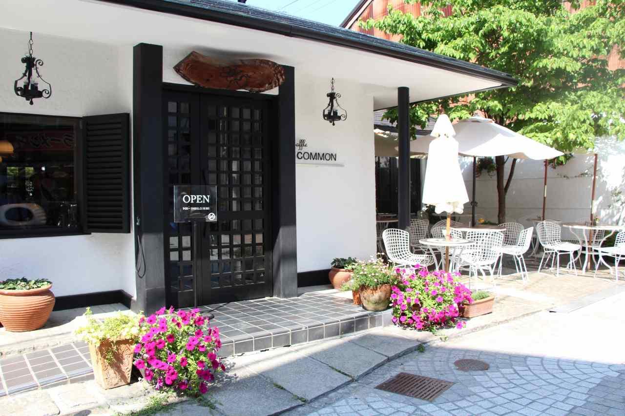 尾道のカフェ、こもん