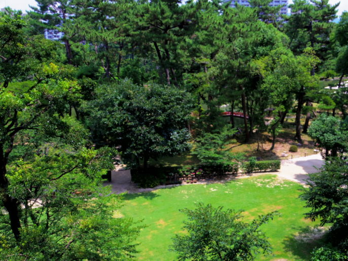 広島県立美術館から見た縮景園